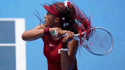 Japans Tennis-Idol Naomi Osaka ist beim olympischen Turnier in Tokio ausgeschieden.