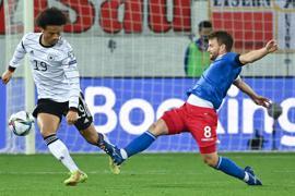 Zeigte eine ansprechende Partie gegen Liechtenstein: Leroy Sané (l).