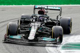 Lewis Hamilton drehte zum Auftakt in Monza die schnellste Runde.