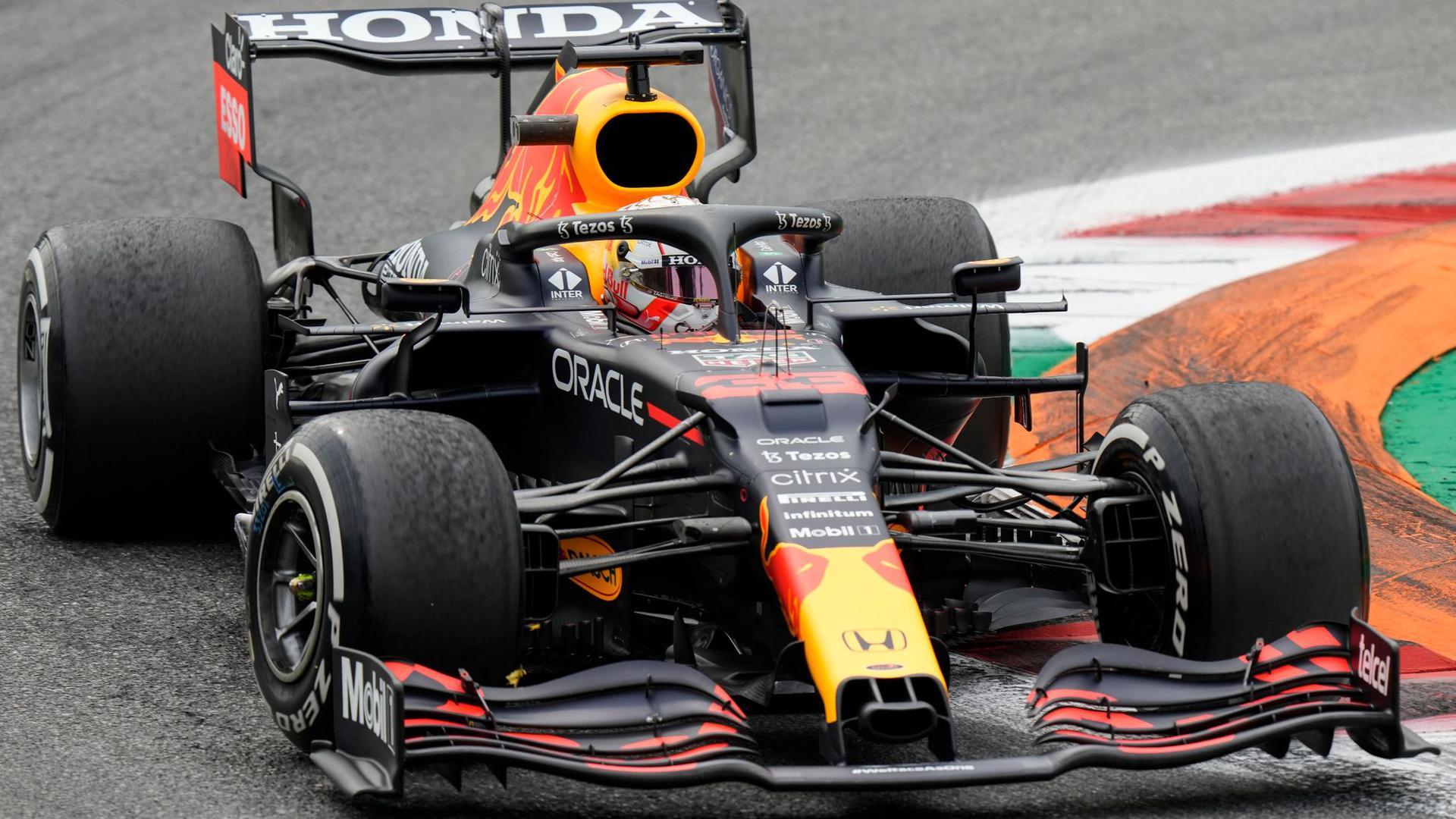 Schied wie Konkurrent Lewis Hamilton in Monza vorzeitig aus: WM-Spitzenreiter Max Verstappen.