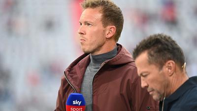 Bei seinem Trainer-Ranking hat Experte Lothar Matthäus dem neuen Bayern-Coach Julian Nagelsmann (l) mit einer Eins bewertet.