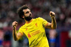 Liverpools Mohamed Salah jubelt nach einem Elfmetertor.