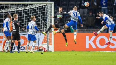 Hertha und Gladbach boten ein intensives, aber chancenarmes Spiel.