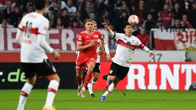 Einen Punkt konnte der VfB Stuttgart (weiße Trikot) gegen Union Berlin noch ergattern.