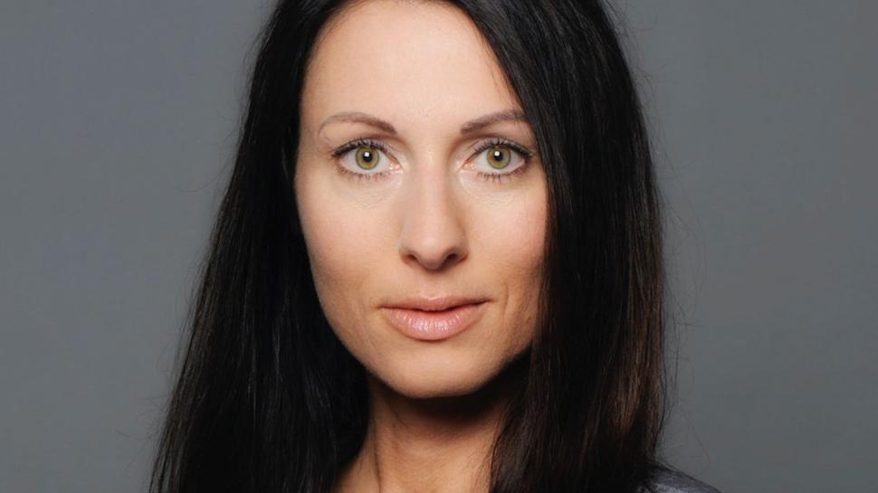 Dorothée Springmann ist die Überraschingskandidatin: Bisher warfen nur vier Interessenten ihren Hut in den Ring, sie kam nun hinzu.